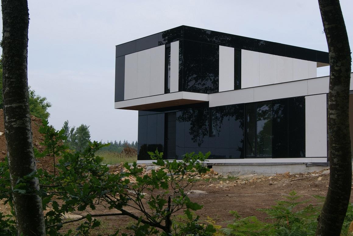 Casas modulares galer a de dise o modular for Casa de dos plantas construyehogar